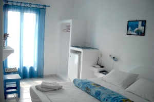 Ostria Vento rooms Milos island accommodation Cyclades Greece